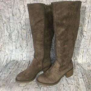 Women's Sz.8 Gray Faux Suede Tall Riding Boots New